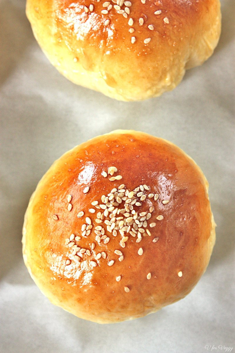 Red Bean Cream Cheese Bread Rolls